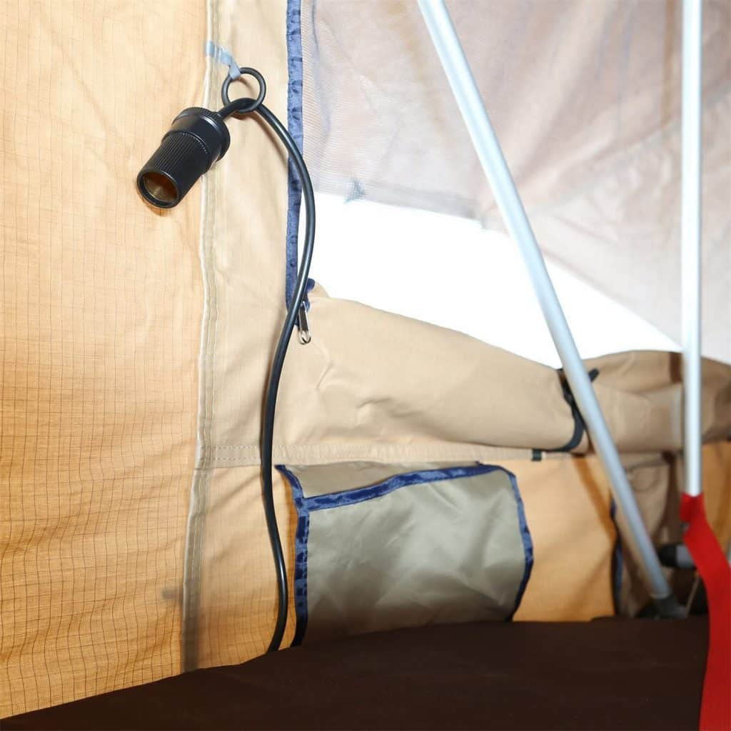A 12V extention in to the tent is awesome. Thanks Smittybilt